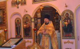 Воскресная Литургия в храме праведного Лазаря Четверодневного на Совском кладбище