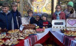 """Благотворительная  ярмарка в рамках акции """"Мати Життя"""" на Лесном кладбище"""